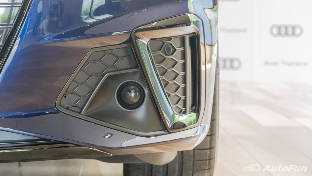 2020 Audi A4 Avant 2.0 45 TFSI Quattro S Line Black Edition Exterior 094