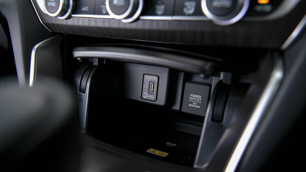 2021 Honda Accord 2.0L e:HEV EL+ Interior 036