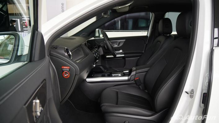 2021 Mercedes-Benz GLA-Class 200 Progressive Interior 004