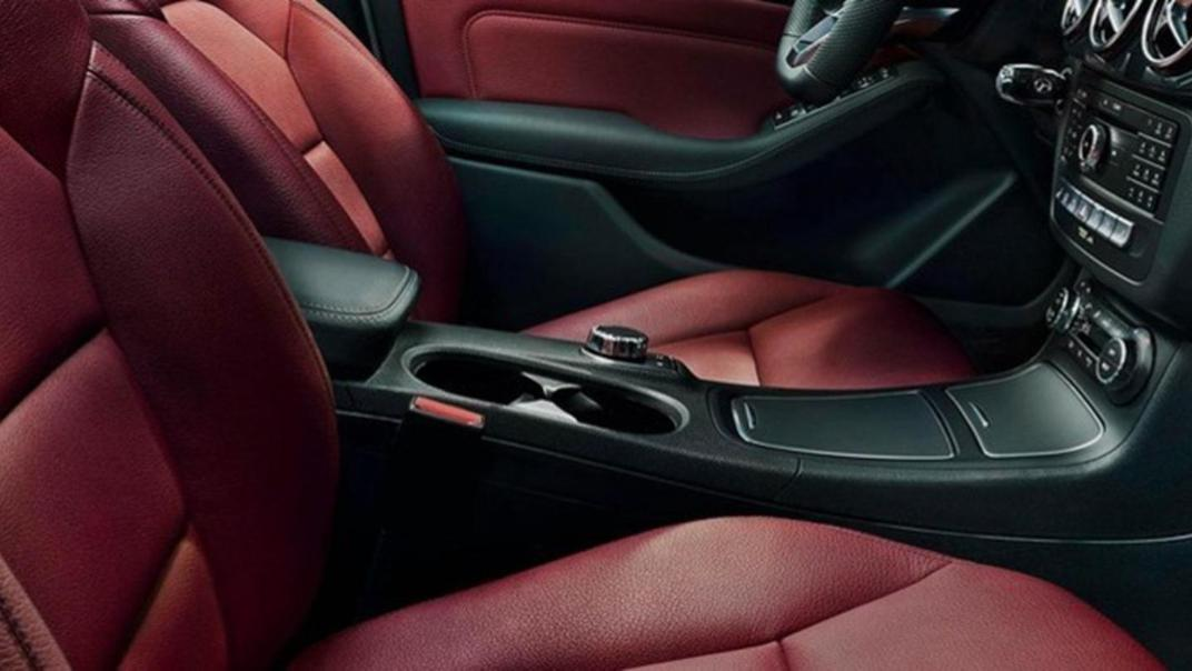 Mercedes-Benz B-Class 2020 Interior 007