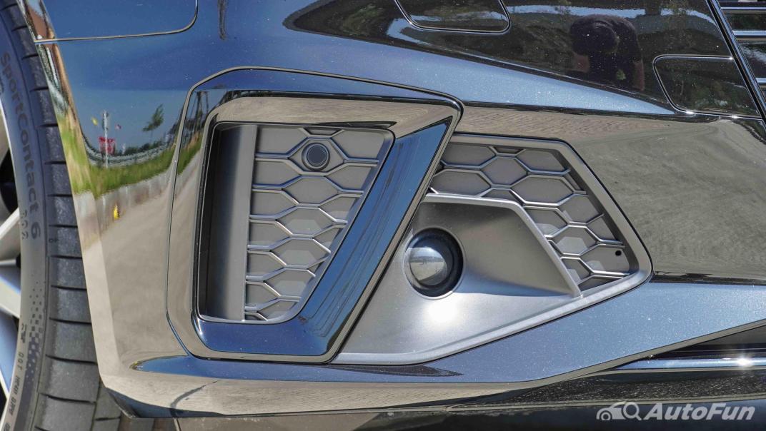 2020 Audi A4 Avant 2.0 45 TFSI Quattro S Line Black Edition Exterior 016