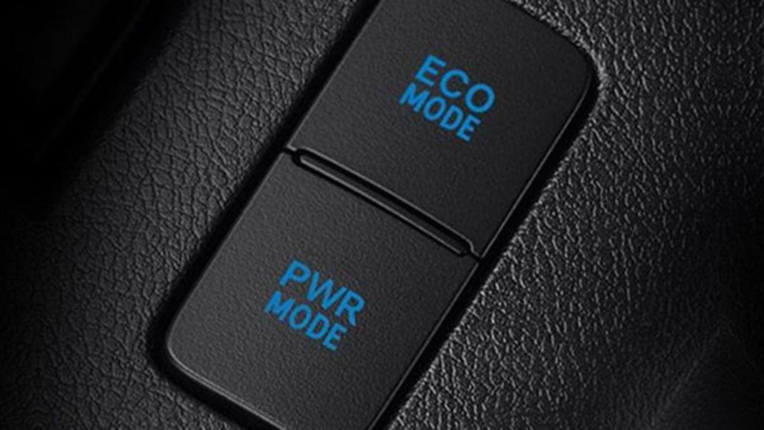 Toyota Hilux Revo Double Cab Public 2020 Interior 005