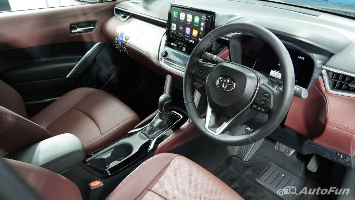 Toyota Corolla Cross Interior 005