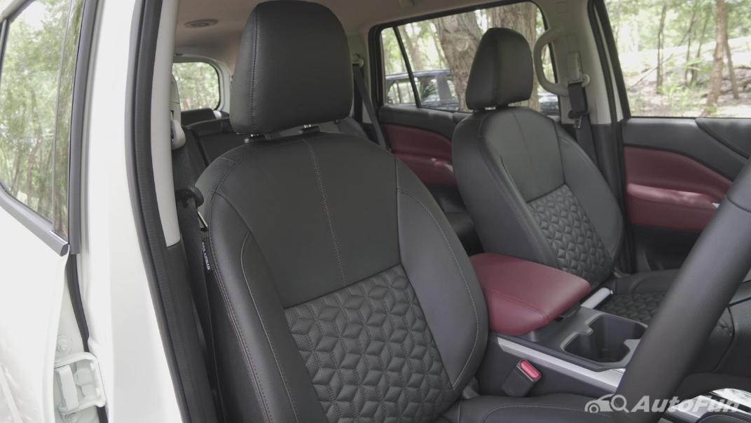2021 Nissan Terra 2.3 VL 4WD Interior 031