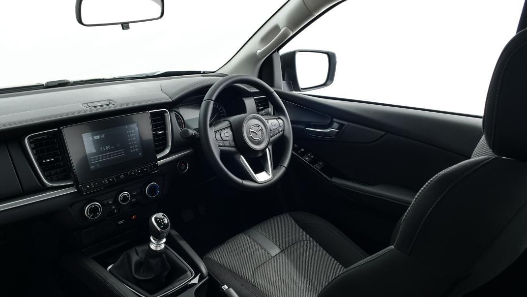 2021 Mazda BT-50 Freestyle cab Upcoming Version Interior 002