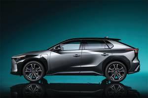 Toyota BZ4X รถยนต์ไฟฟ้าคันแรกของโตโยต้า เลื่อนการขายไปปลายปี 2022