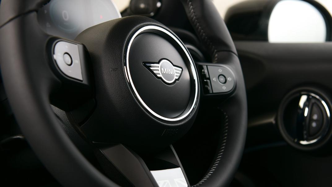 2021 MNI 3-Door Hatch Cooper S Interior 063