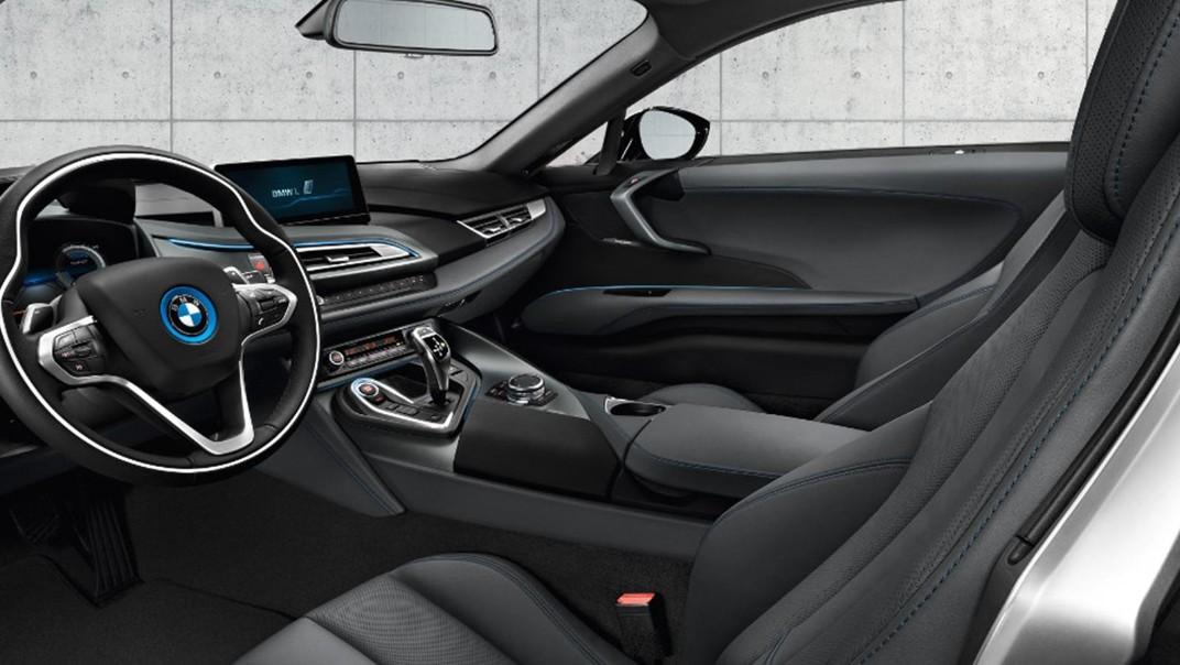 BMW I8 Public 2020 Interior 005