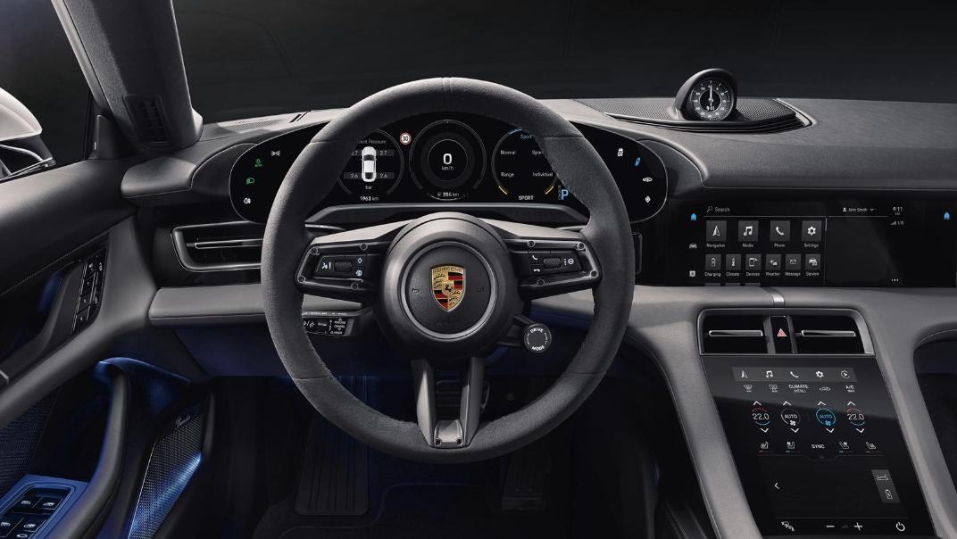 2020 Porsche Taycan Public Interior 002