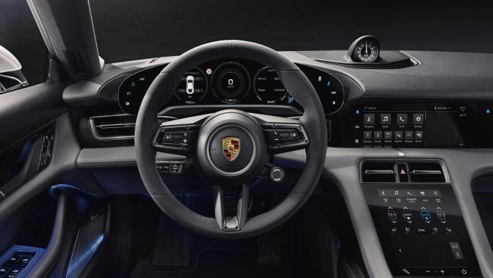 2020 Porsche Taycan Interior 002
