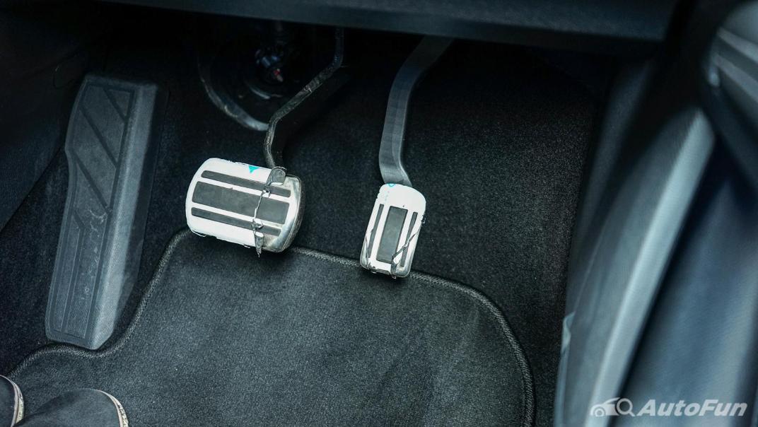 2020 Peugeot 5008 1.6 Allure Interior 013