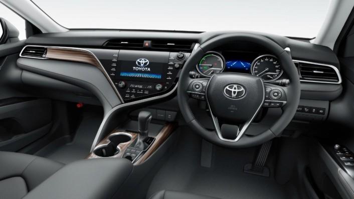 Toyota Camry 2020 Interior 001