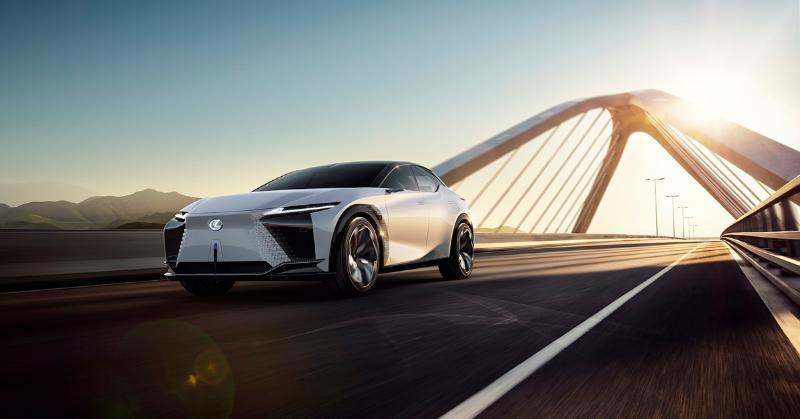 ยลโฉม Lexus LF-Z  รถยนต์ไฟฟ้า Lexus พลัง 500 กว่าแรงม้า คาดจะมาในปี 2025 02