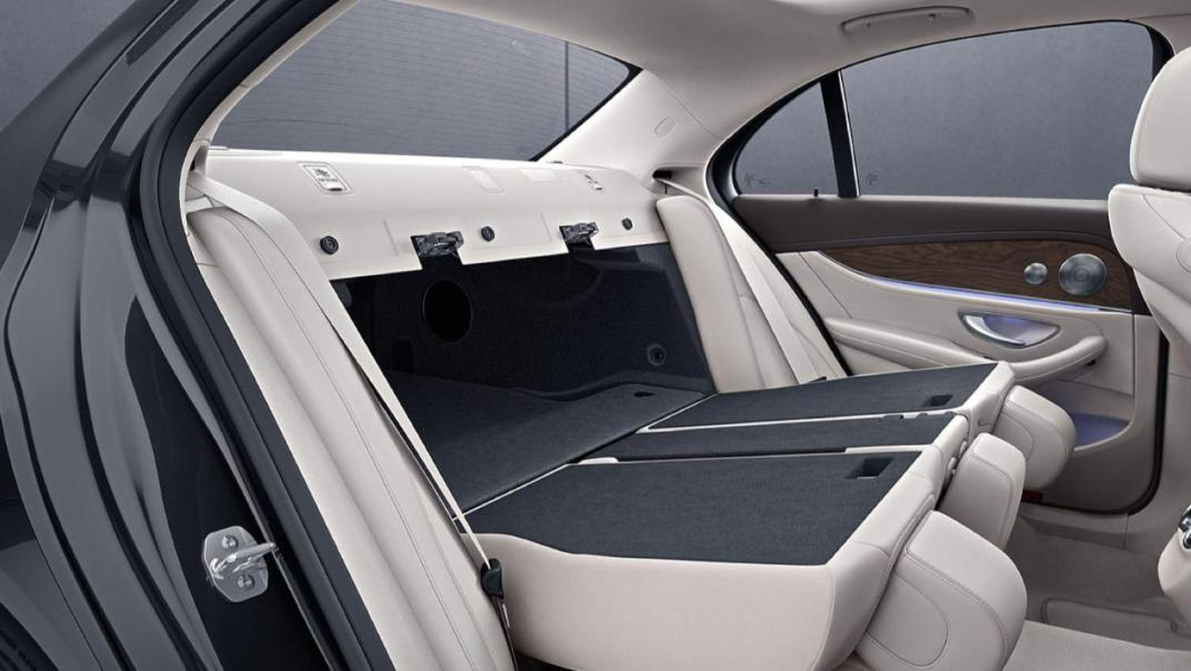 Mercedes-Benz E-Class Saloon Public 2020 Interior 006