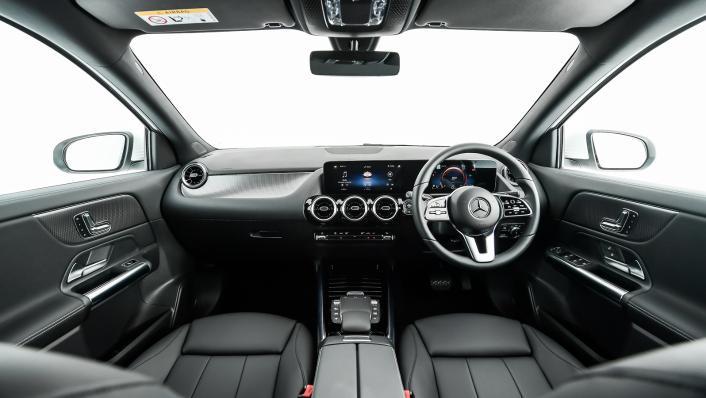 2021 Mercedes-Benz GLA-Class 200 Progressive Interior 005