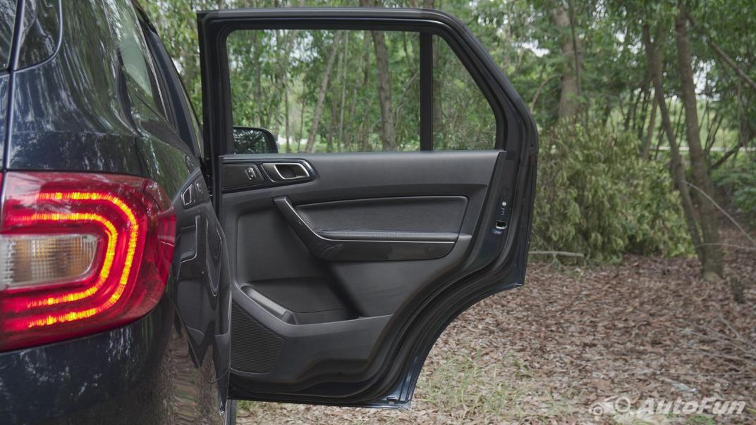 2021 Ford Everest 2.0L Turbo Titanium 4x2 10AT - SPORT Interior 052