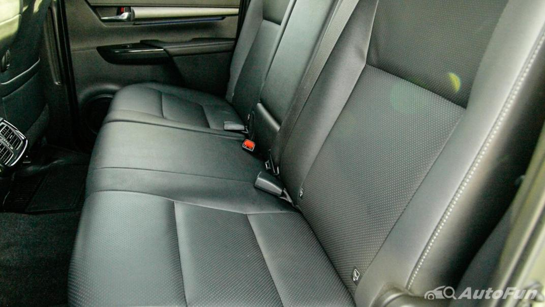 2020 Toyota Hilux Revo Double Cab 4x4 2.8High AT Interior 038