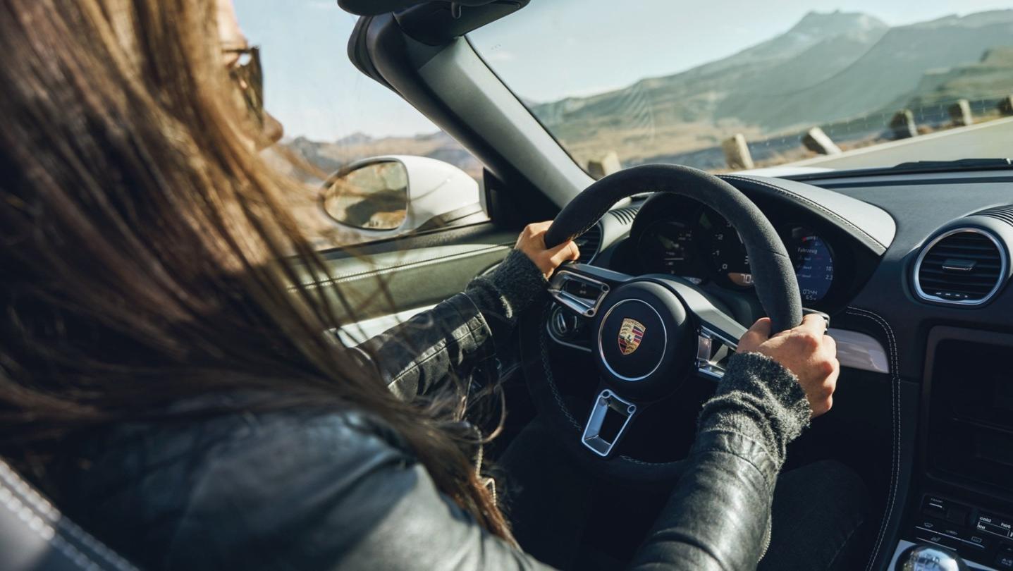 Porsche 718 2020 Interior 013