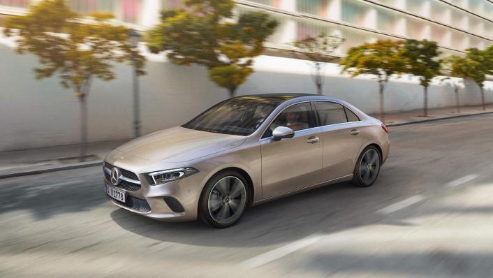 Mercedes-Benz A-Class Public 2020 Exterior 006