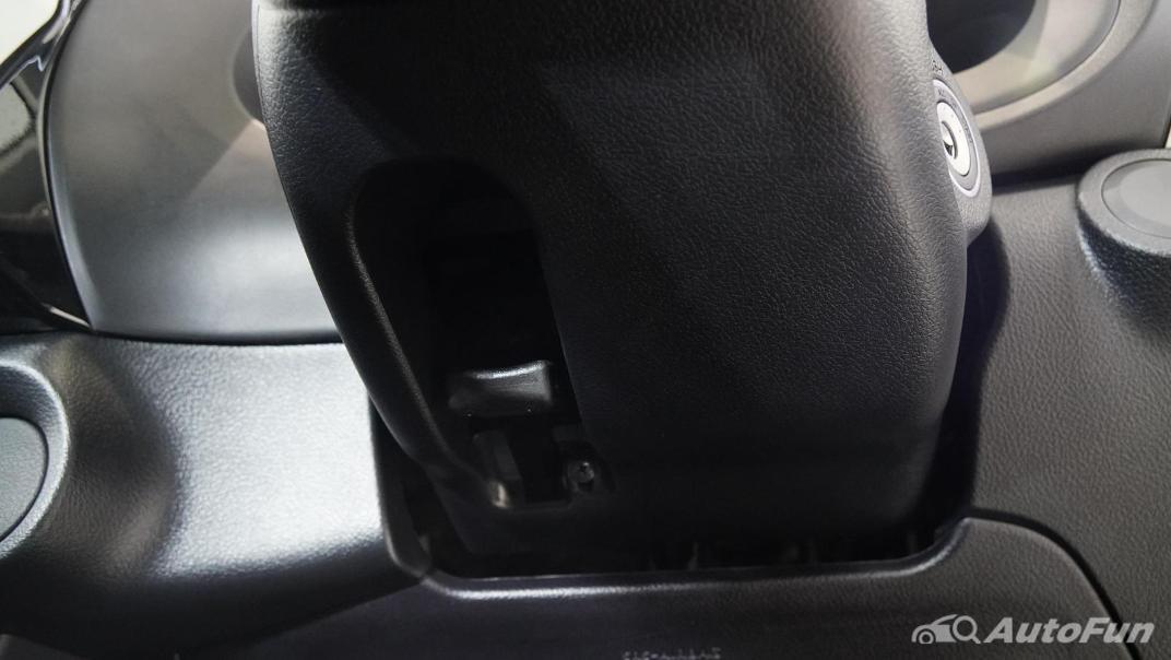 2021 Toyota Hilux Revo Double Cab Z Edition Interior 006