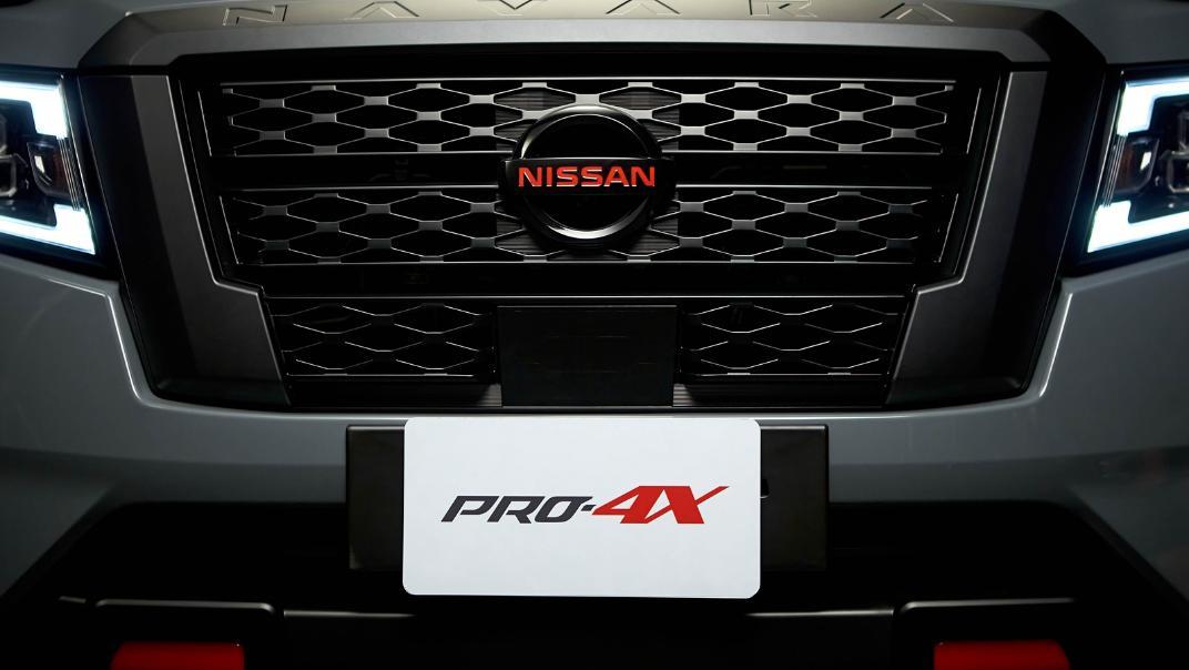 2021 Nissan Navara PRO-4X Exterior 170