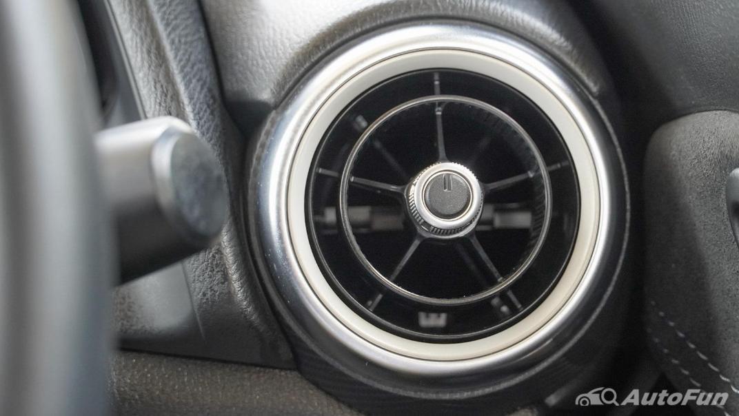 2020 Mazda 2 Hatchback 1.5 XDL Sports Interior 019