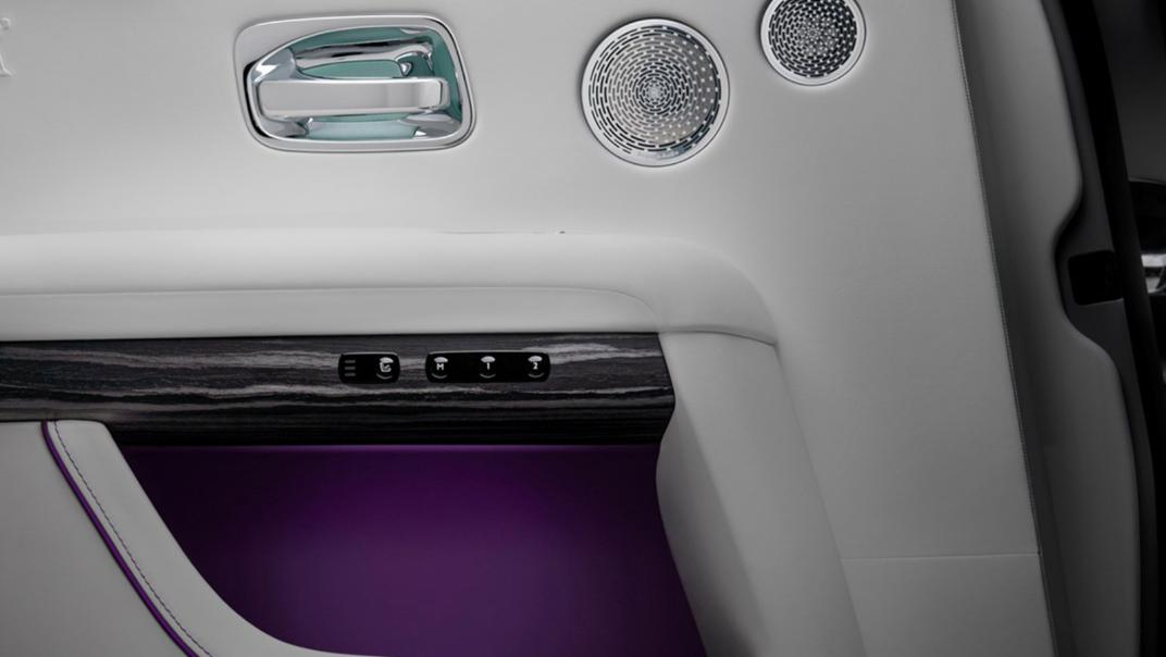 2021 Rolls-Royce Ghost Extended Interior 007
