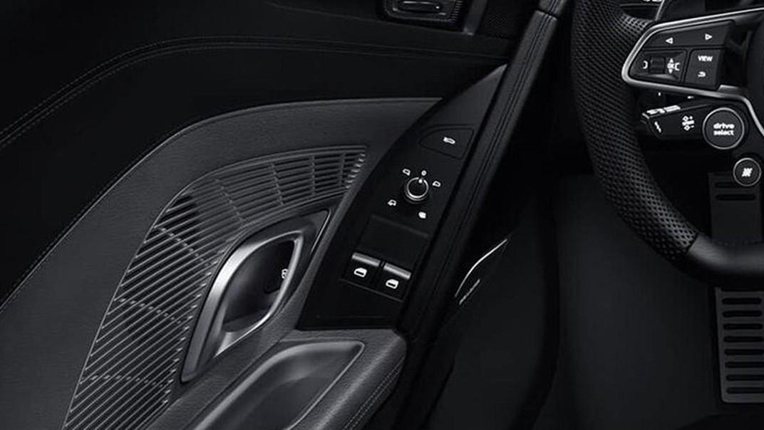 Audi R8 2020 Interior 009