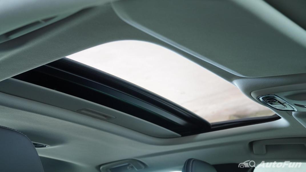 2021 Volvo S90 Recharge Interior 044
