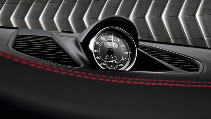 Porsche 911 2020 Interior 005