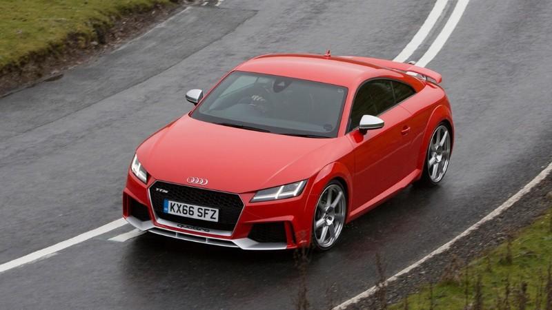 Audi TT RS (อาวดี้ ทีที อาร์เอส)