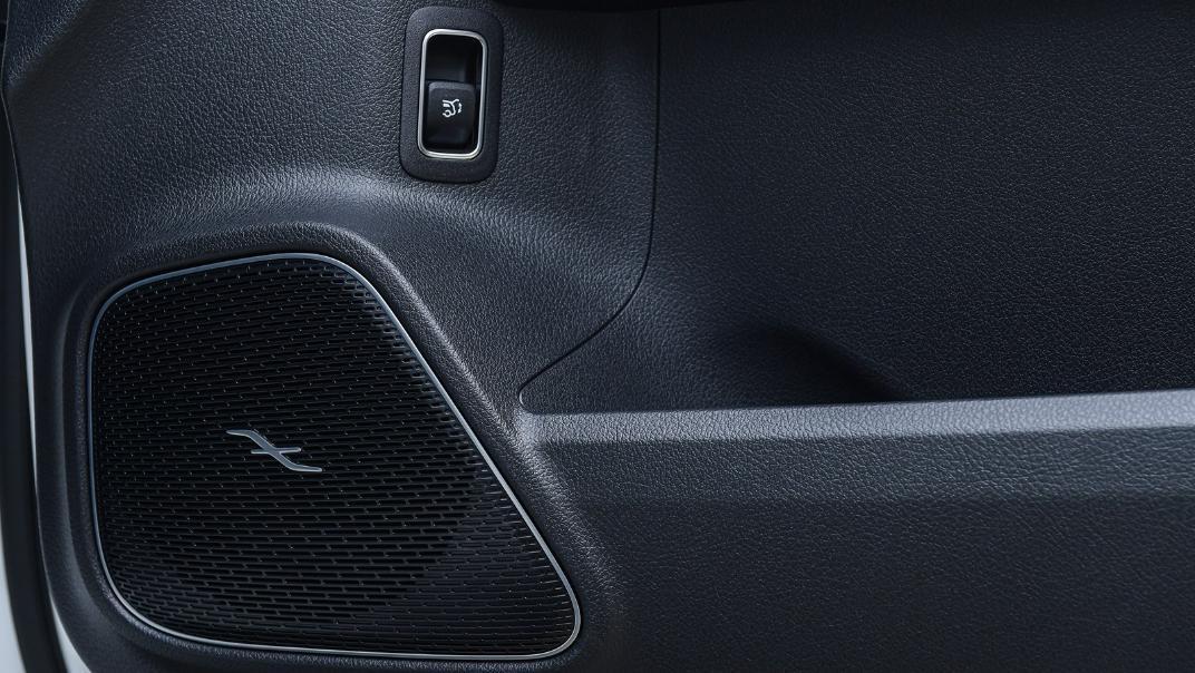 2021 Mercedes-Benz GLA-Class 35 AMG 4MATIC Interior 101