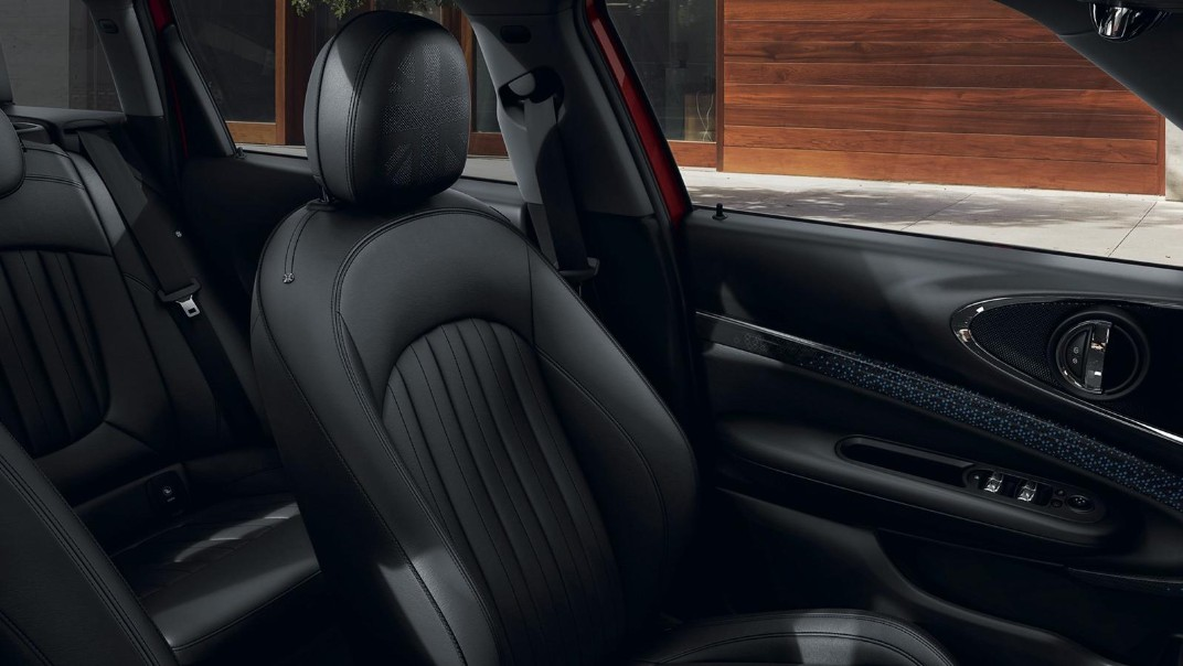 Mini Clubman 2020 Interior 008