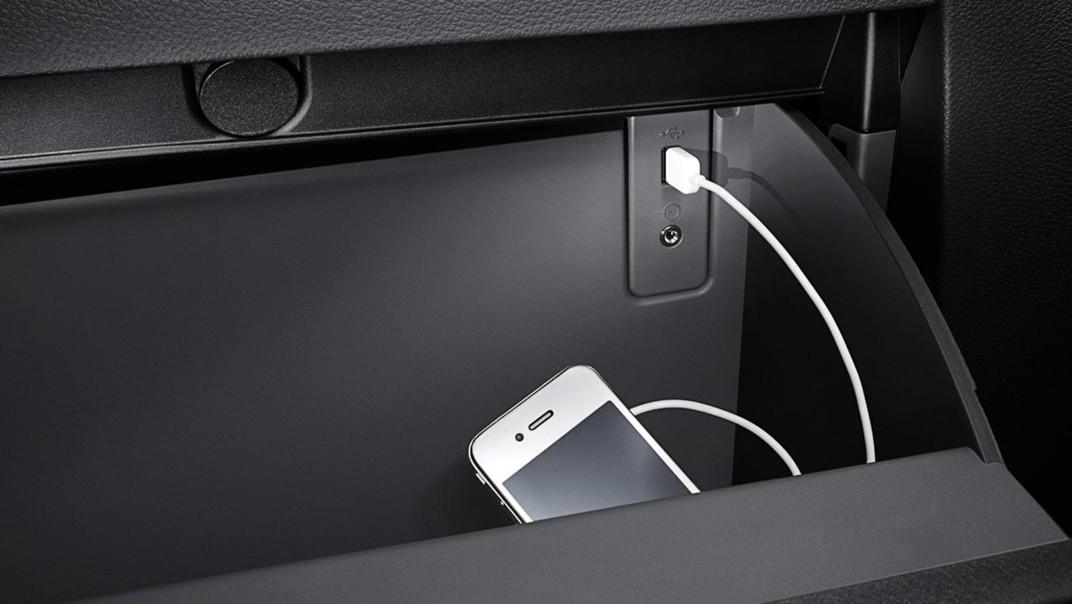 Mazda BT-50 Pro Double Cab Public 2020 Interior 009