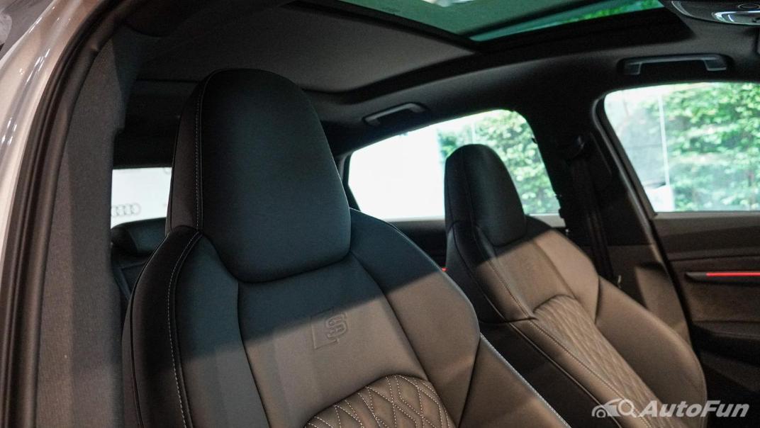 2020 Audi E Tron Sportback 55 quattro S line Interior 116