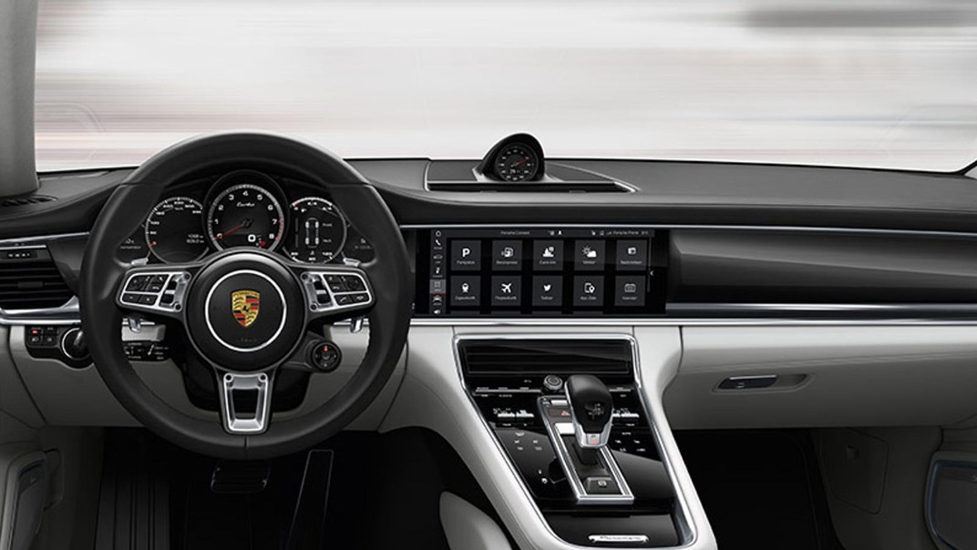 Porsche Panamera 2020 Interior 001