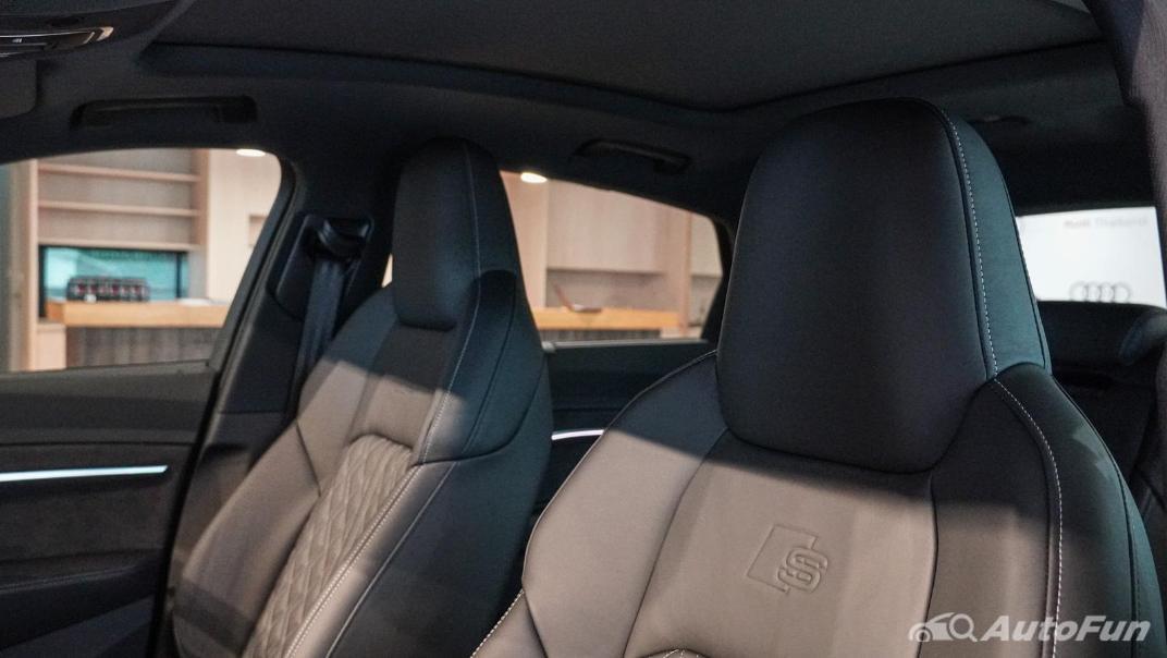 2020 Audi E Tron Sportback 55 quattro S line Interior 115