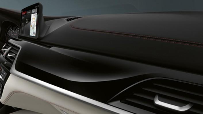 BMW M5-Sedan 2020 Interior 006