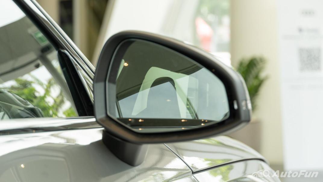 2020 Audi A4 Avant 2.0 45 TFSI Quattro S Line Black Edition Exterior 081