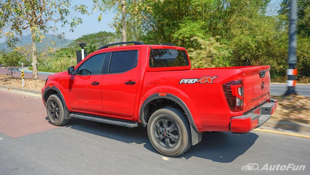 2021 Nissan Navara PRO-4X Exterior 058