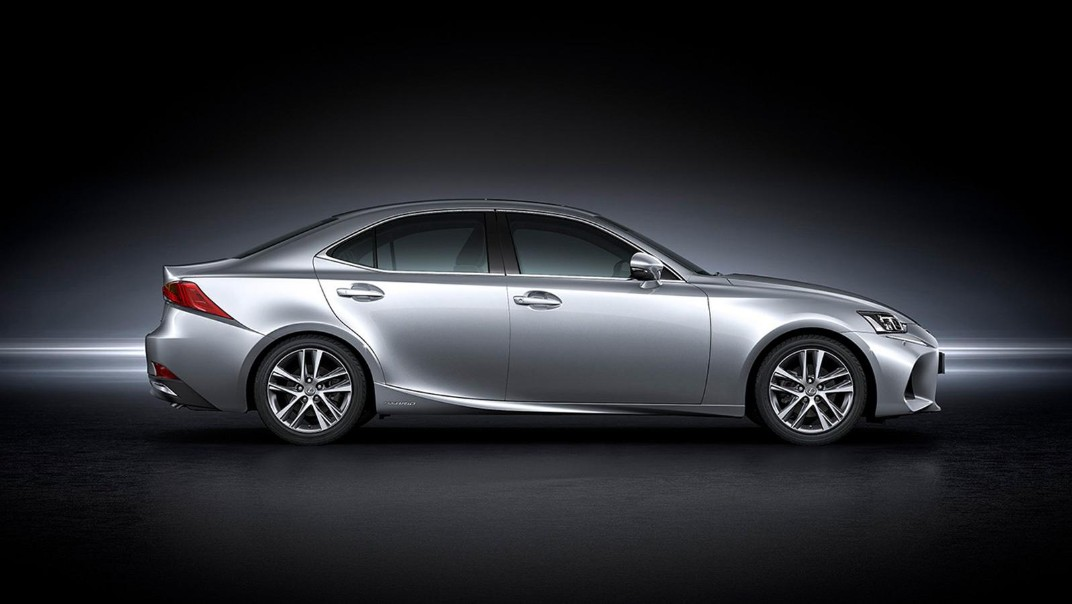 Lexus IS 2020 Exterior 024