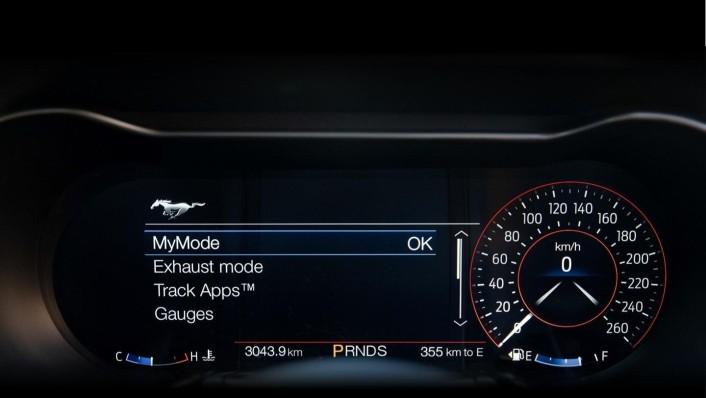 Ford Mustang 2020 Interior 005