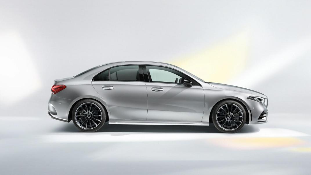 Mercedes-Benz A-Class Public 2020 Exterior 008
