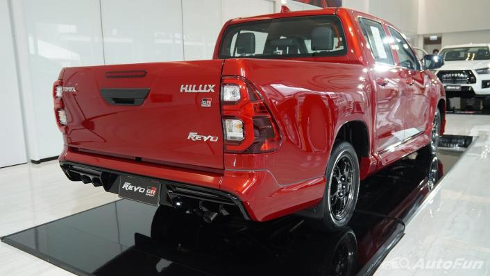 2021 Toyota Hilux Revo Double Cab 4x2 2.8 GR Sport AT Exterior 006