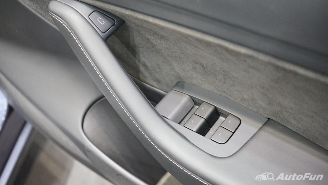 2021 Tesla Model 3 Performance Interior 013
