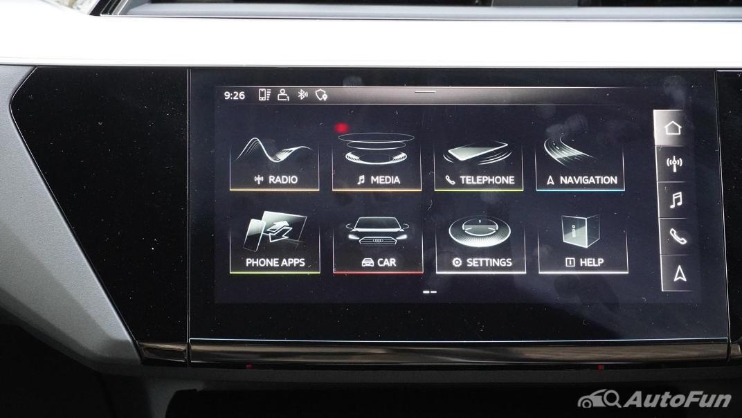 2020 Audi E Tron Sportback 55 quattro S line Interior 029
