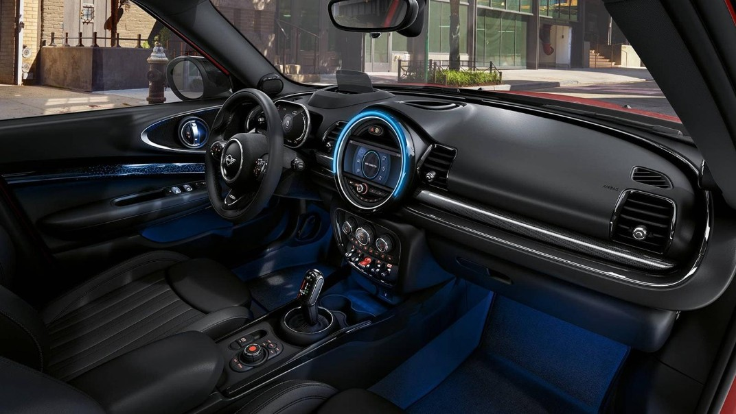 Mini Clubman 2020 Interior 005