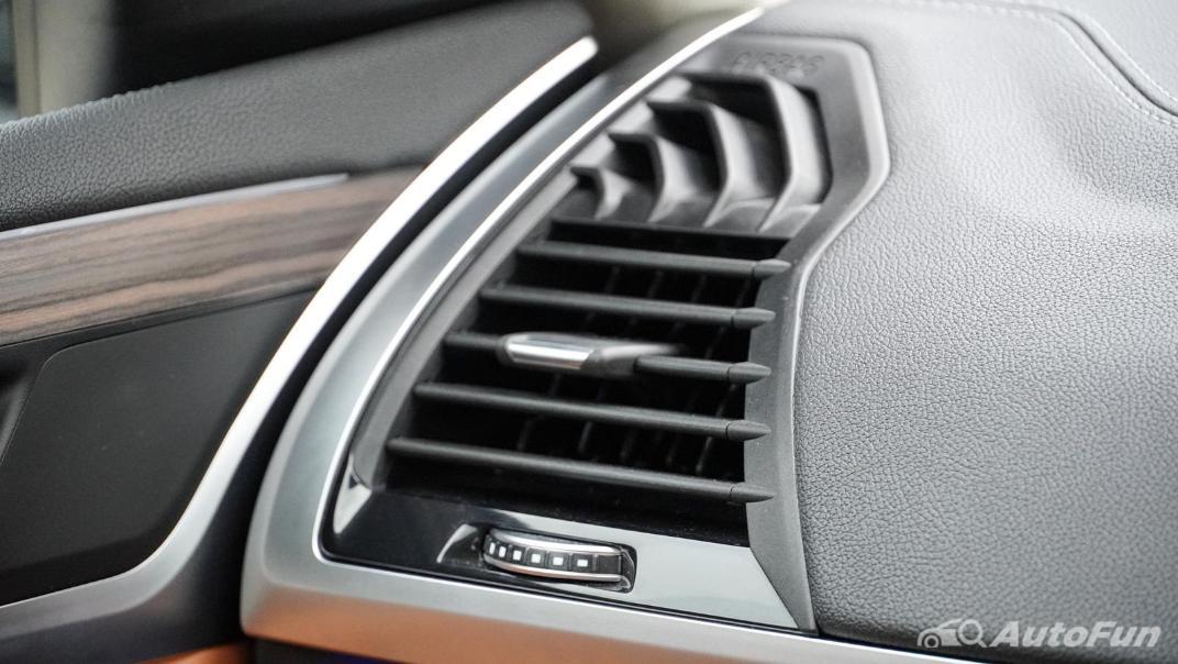 2020 2.0 BMW X3 xDrive20d M Sport Interior 041