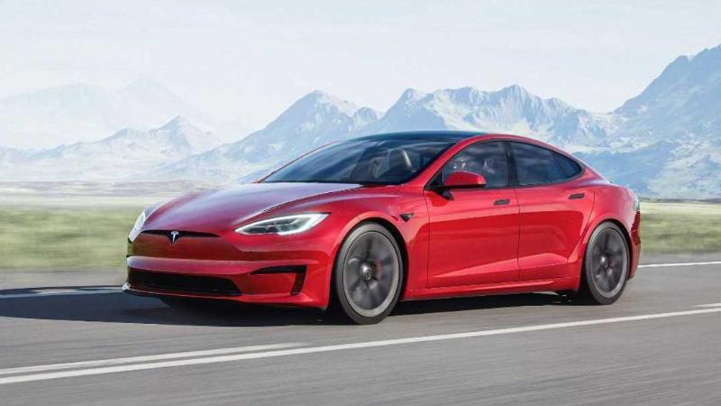 2021 Tesla Model S ปรับภายในใหม่ นี่มันไม่ใช่รถ นี่มันคือ Game Room 02