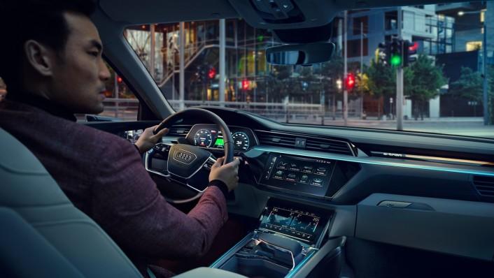 Audi E Tron 2020 Interior 003